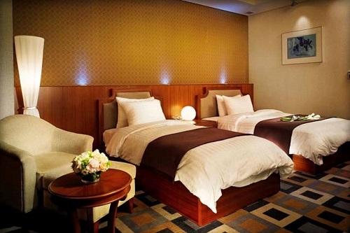 Пример односпальных кроватей в номере отеля